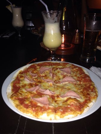 Cafe d' Mundo: Pizza