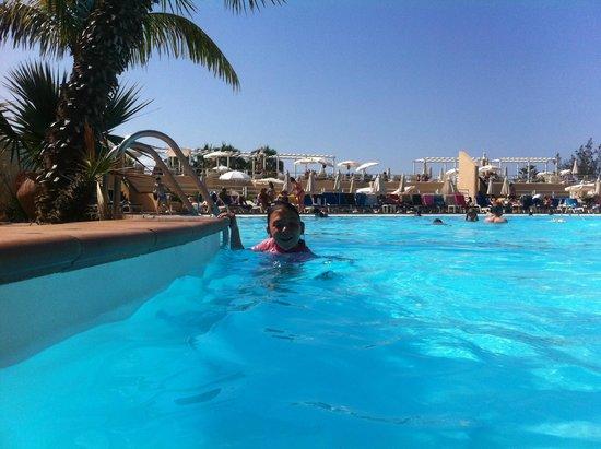 Gloria Palace San Agustín Thalasso & Hotel : Main pool & sun terrace.