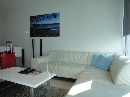 Artique Surfers Paradise : Living Room