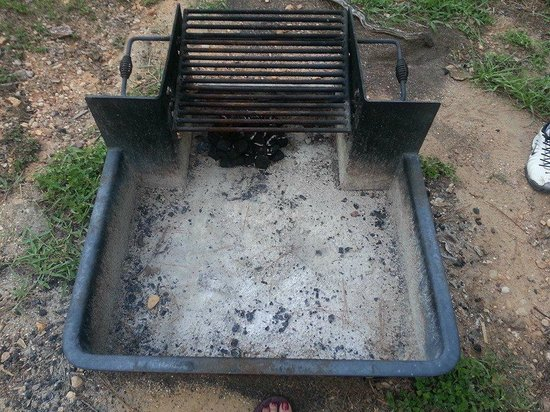 Bastrop State Park: fire pit / grill, cabin 2