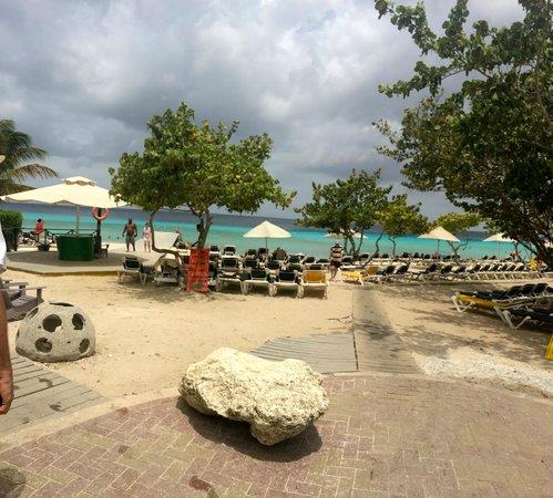 Playa Porto Marie: awesome beach!