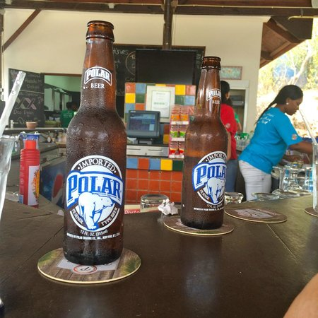 Playa Porto Marie: The outdoor bar