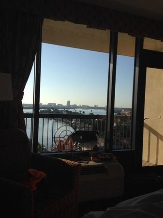 Pier House 60 Marina Hotel: view from bedroom