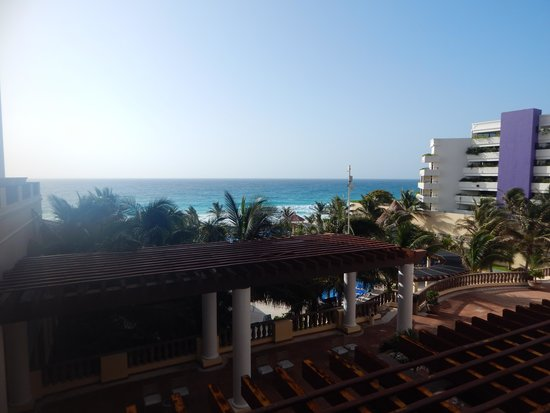 GR Solaris Cancun: Our View Everyday