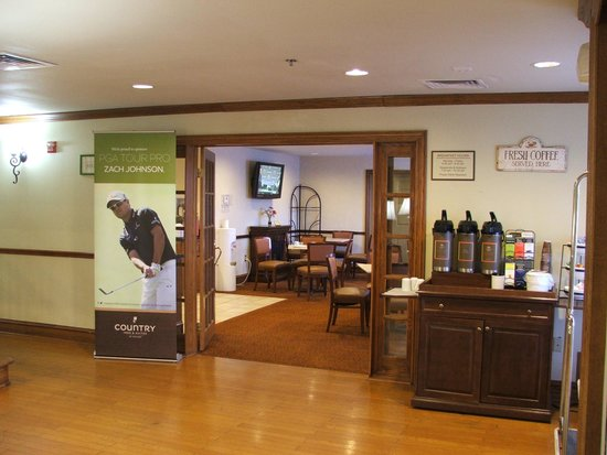Country Inn & Suites By Carlson, Fort Worth: Lobby (see coffee available 24/7)