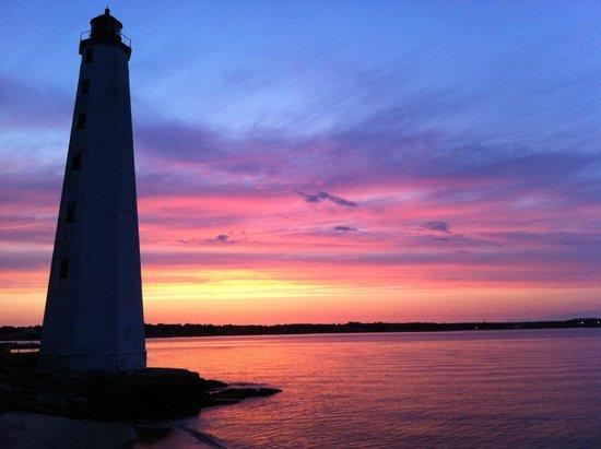 New London Harbor Light at dawn
