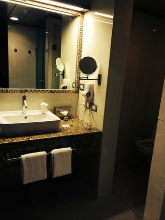 Grand Sirenis Riviera Maya Resort & Spa: Bathroom