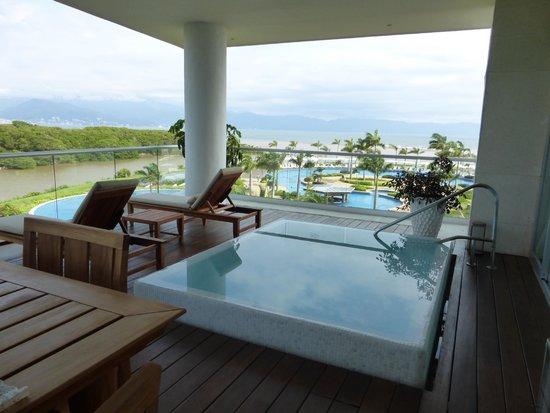 Grand Luxxe Nuevo Vallarta: Punta suite pool