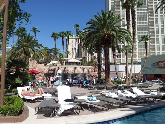 Signature at MGM Grand: Lazy River was awesome
