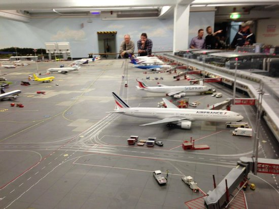 Miniatur Wunderland: Hamburg airport in minature