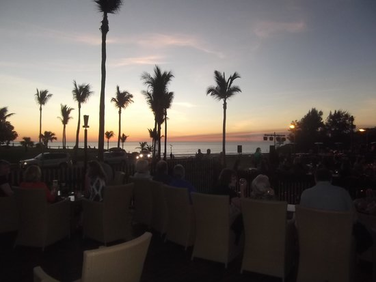 Cable Beach Club Resort & Spa: that famous sunset - book a table early