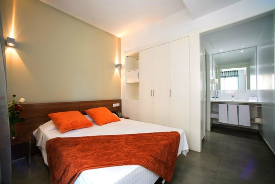 Ona Living Barcelona: Dormitorio * Bedroom
