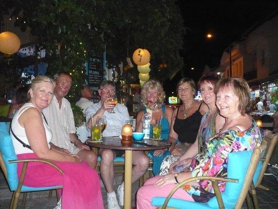 Riverside Hotel: Enjoying a drink at the Dalyano