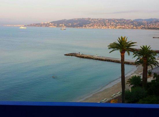 Garden Beach Hotel: View from room 517 fabulous