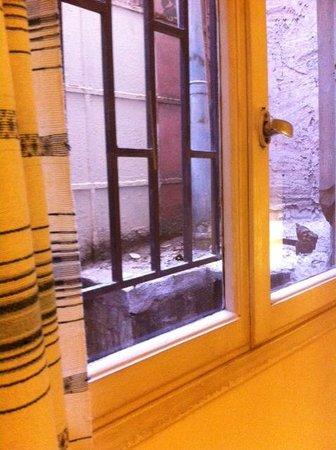 Hotel Myrto Athens: La vue de la fenetre