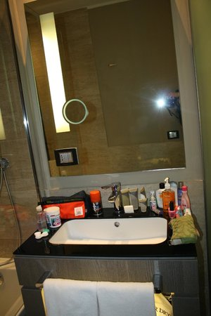 Rome Life Hotel: Rome Life bathroom