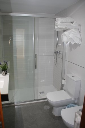 Hostal Verona: Baño
