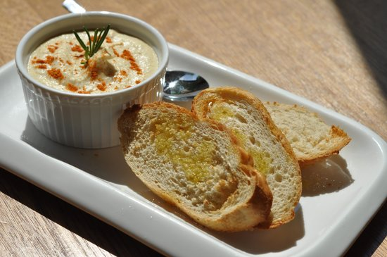 Vegetarian hummus