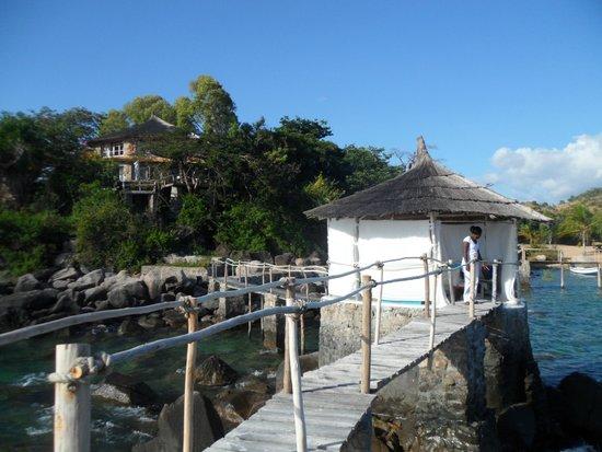 Kaya Mawa: Massage parlour - surrounded by real waves!