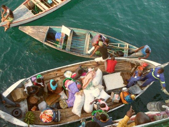 Kaya Mawa: Disembarking from Ilala ferry at Likoma Island