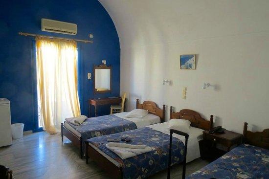 Hotel Anemones: my room