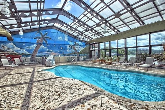 Wyndham Garden Hotel Cross Lanes Charleston: Indoor Pool