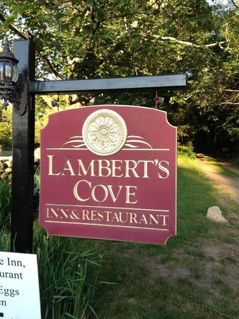 Lambert's Cove Restaurant : Welcome sign