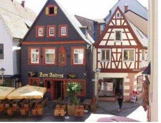 Gaststatte Zum Andres: Façade de l'établissement Zum Andres