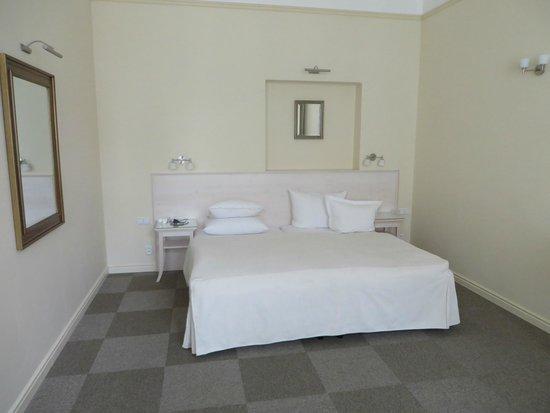 Unitas Hotel: Bed