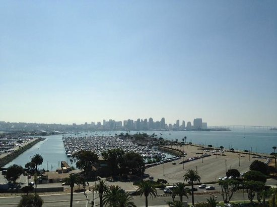 The Sheraton San Diego Hotel & Marina : View from room at the front of the hotel