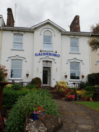 Gainsboro Guest House: Outside of building