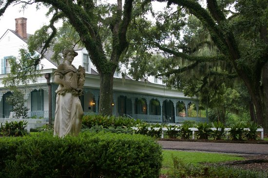 The Myrtles Plantation: the main house