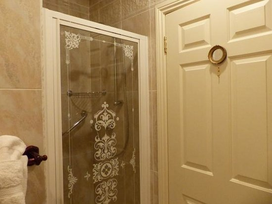 The Shores Country House : Bathroom