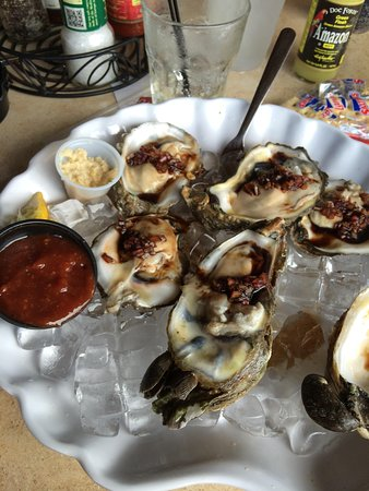 Doc Ford's Rum Bar & Grille Ft. Myers Beach: Oysters!