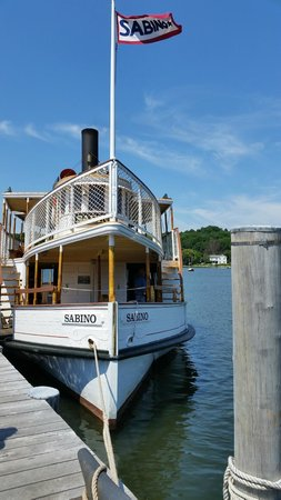 Mystic Seaport: 30-minute boat ride on the coal-operated Sabino