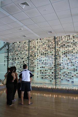 Museo de la Memoria y los Derechos Humanos: memorial detenidos desaparecidos