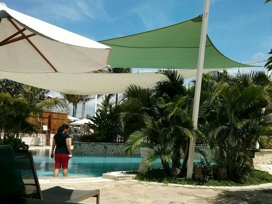 Holiday Inn Resort Baruna Bali: The pool area