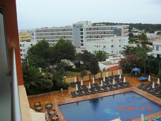 azuLine Hotel Atlantic: vista habitacion