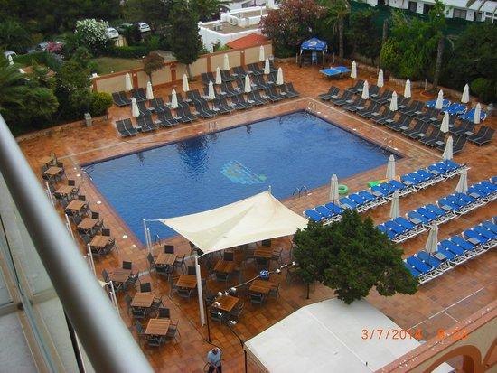 azuLine Hotel Atlantic : piscina