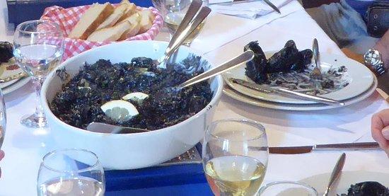 Dubrovnik Shore Tours: Lunch at Restaurant Sorgo, Ston