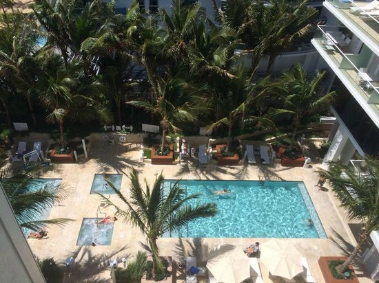 Grand Beach Hotel Surfside : Pool View