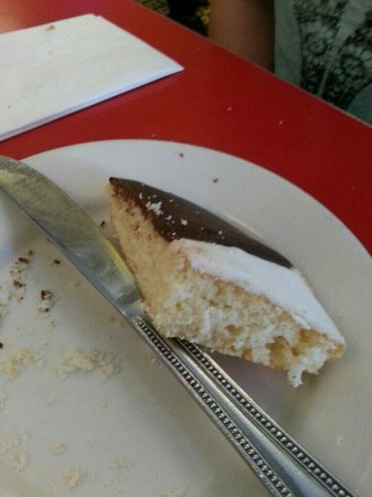 Artie's Delicatessen: 1/2 thick black and white cookie!