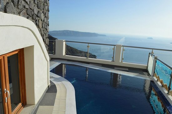 Petit Palace Suites Hotel : Private pool