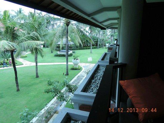 Holiday Inn Resort Baruna Bali: View from the balcony