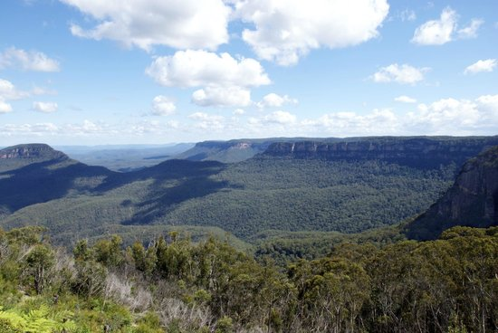Echoes Boutique Hotel & Restaurant: Blue Mountains from hotel room