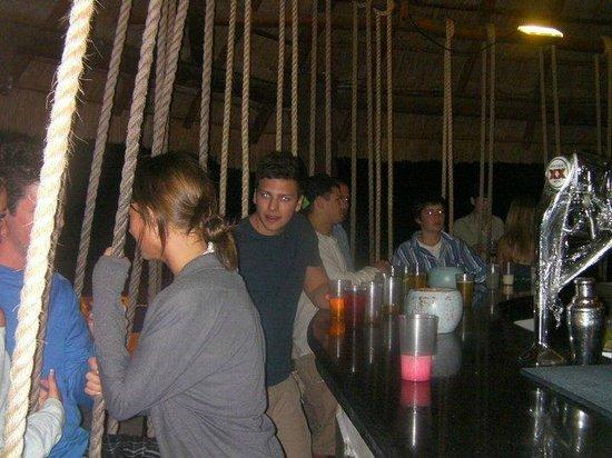 BlueBay Grand Esmeralda : Swing Bar