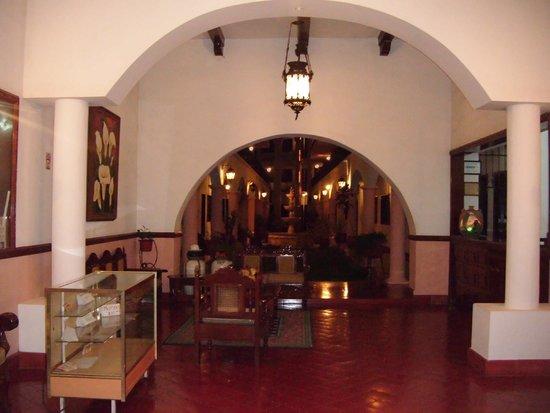 hotel colonial la aurora : Recepción