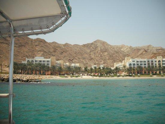 Shangri La Barr Al Jissah Resort & Spa-Al Bandar: view from sea