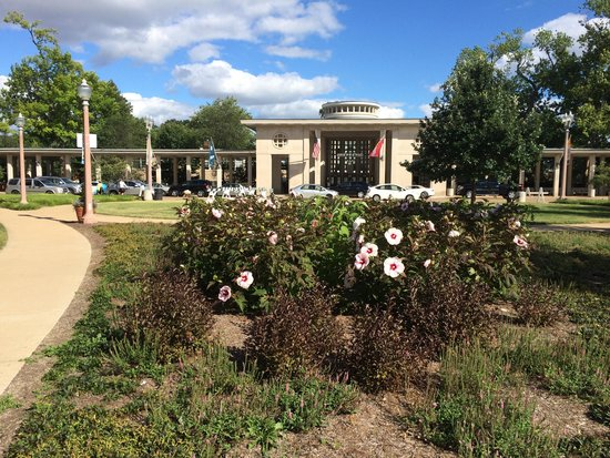 The Muny: Just outside of the entrance