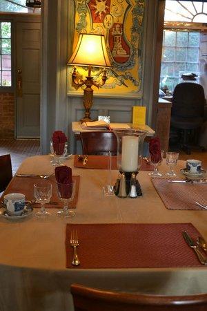 Casa de Solana Bed and Breakfast: Breakfast room
